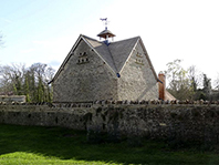 Dovecote next to Marcham Churchyard